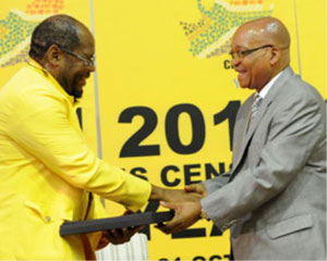 Pali Lahohla, statistician-general of Stats South Africa, presents a completed (and adjusted) 2011 census to President Jacob Zuma.