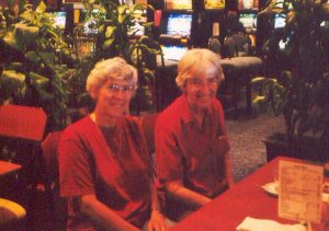 Lynne (left) with her mother, Chris Billard, in 2001. The UNSW mathematics cadetship (see Q3) and her mother were key ingredients to Lynne's career.